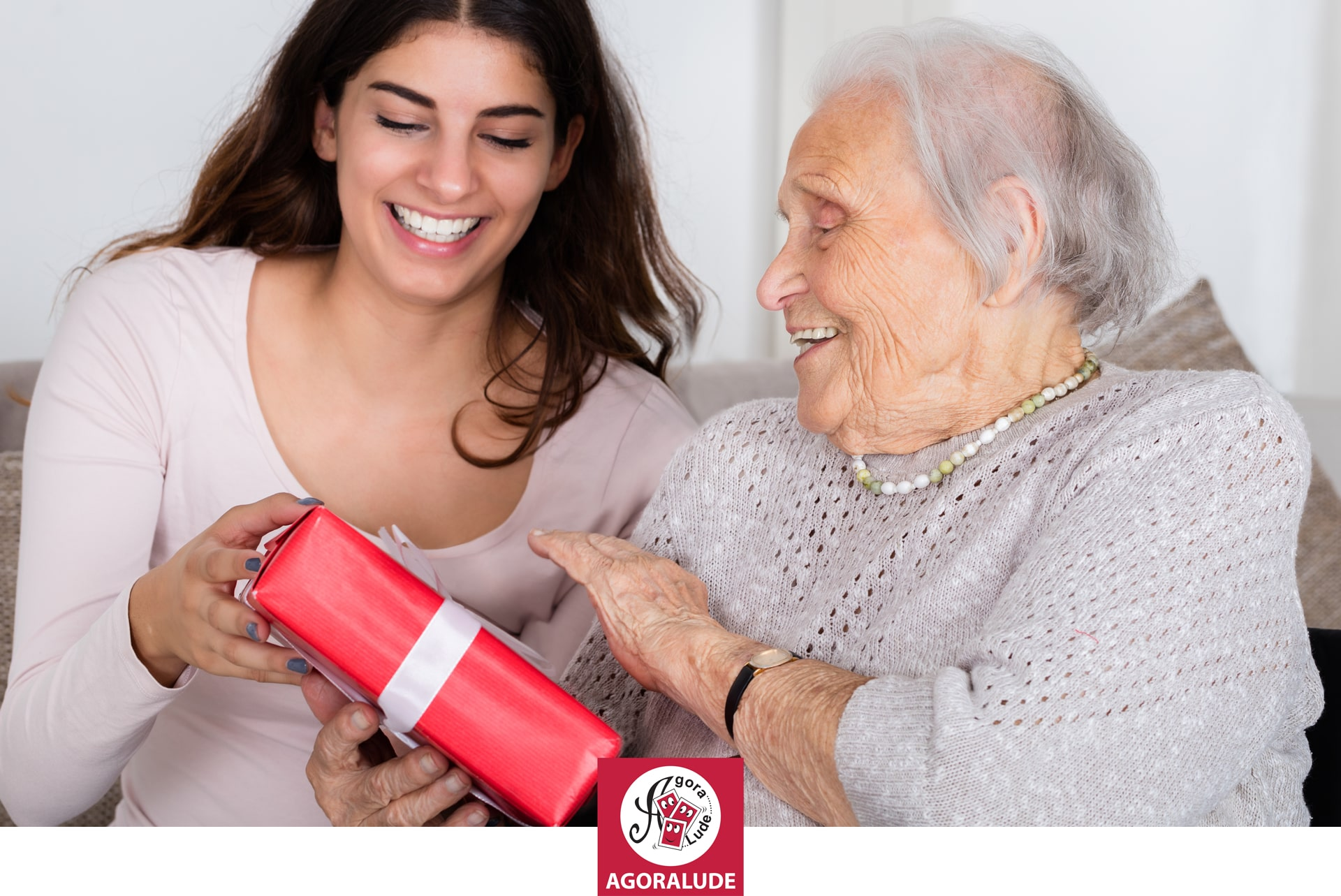Quel cadeau offrir à une personne âgée pour les fêtes ?