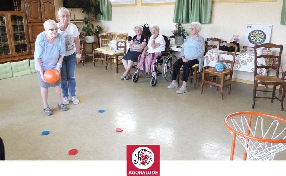 organiser une activité physique avec des personnes âgées en maison de retraite